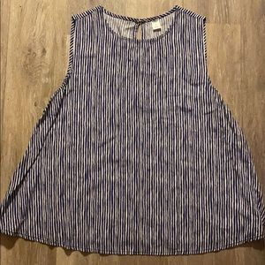 Women's old navy blouse size large